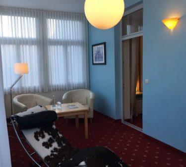 Suite 1: Sitzecke