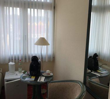 Zimmer 6: kleines, separates 2. Zimmer